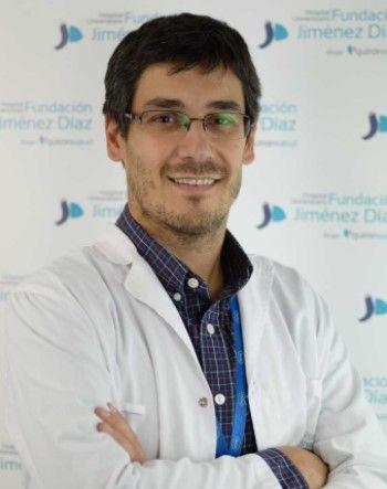 Dr. Alfonso Cabello, jefe asociado del Servicio de Medicina Interna de la Fundación Jiménez Díaz. (Foto. Hospital Universitario Fundación Jiménez Díaz. Grupo Quirónsalud)